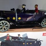 Miniatura din tabla cu cheita - Cabriolet