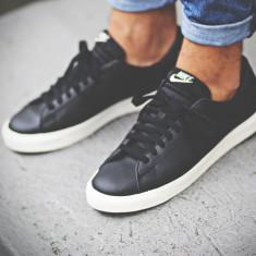 Pantofi sport Nike Tennis Classic AC - Adidasi barbati Nike, Marime: 43, Culoare: Negru