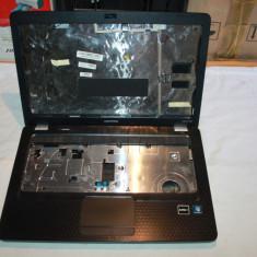 Carcasa laptop COMPAQ CQ56, stare buna, zgarieturi pe capac display