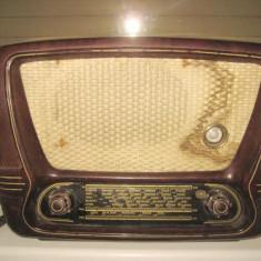 Radio vechi Stern Sonneberg Ilmenau, bachelita, anii 1950.