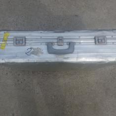 Troller - Geamantan din aluminiu - 89 lei - Valiza