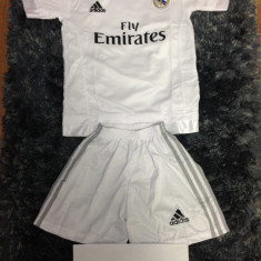 Set echipament fotbal - Echipament fotbal/compleu copii Adidas Real Madrid Ronaldo (tricou + sort)