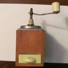 CY - Rasnita veche cafea lemn metal plastic functionala fabricata Germania