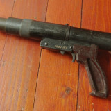 Scule / unelte - pistol pneumatic de cuie din perioada comunista anii 70-80 !!! - Metal/Fonta