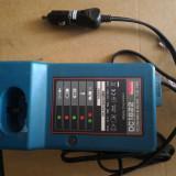 Scule/Unelte - Incarcator MAKITA la 12V