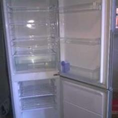 Combina frigorifica Samsung RL26DCAS