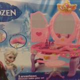 Masa machiaj cu scaunel Frozen