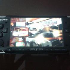 PSP Sony 3004 MODAT, card 4GB, 7jocuri+5 pe card, cablu conectare la TV, husa