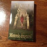 MISTERELE DRAGOSTEI, de Danielle Steel - Roman dragoste