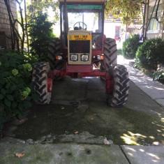 Tractor 4X4 - Utilitare auto