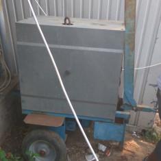 Aparat de curatat panouri cofraj doka