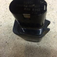 Baterie autofiletanta bosch de 9, 6 volti