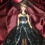 Papusa Barbie Black Dress, rochie executata manual, superba!